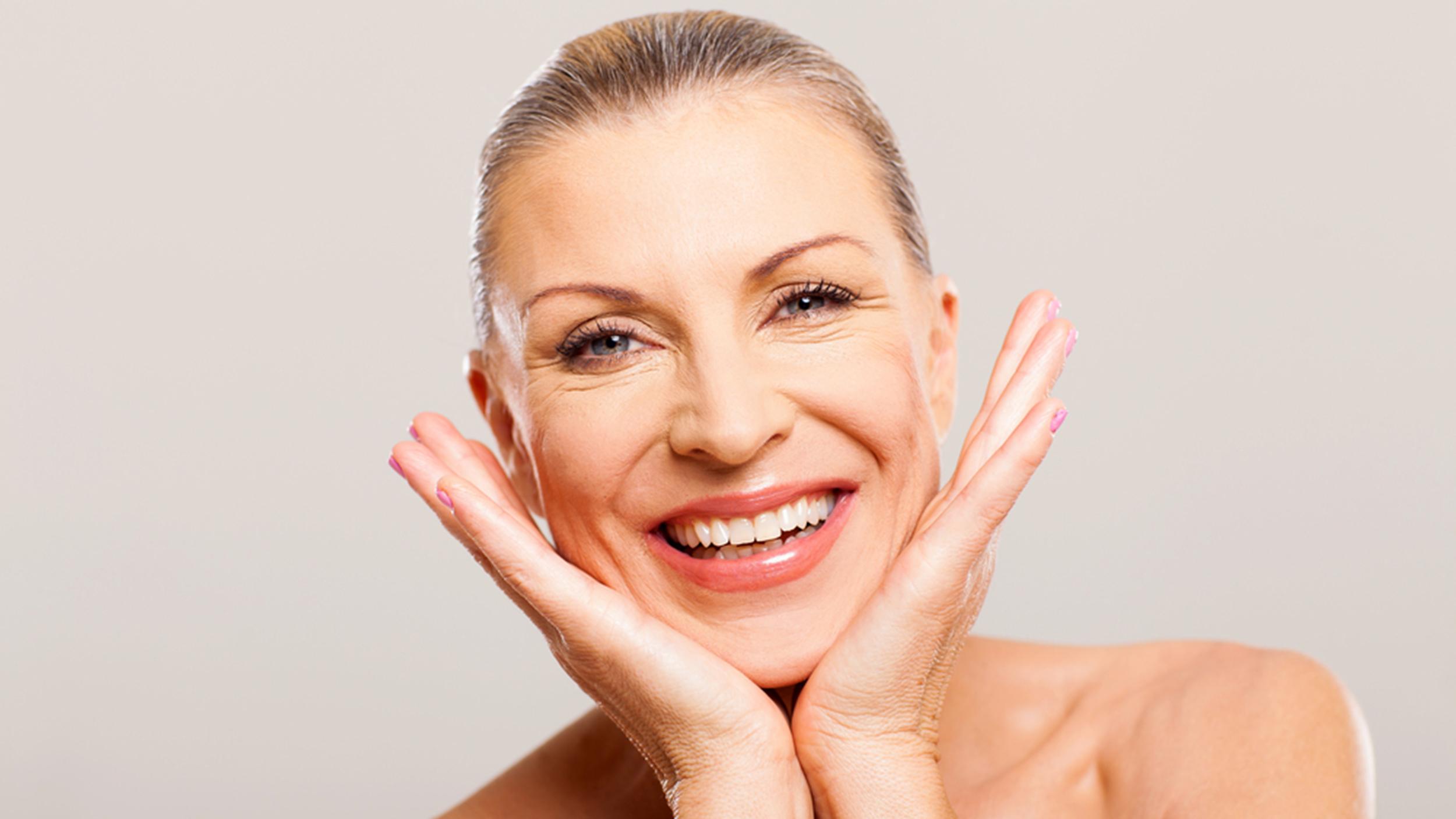 Comment bien entretenir sa peau contre le vieillissement